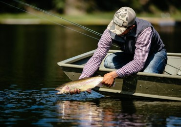 Try some of the best fly fishing for rainbow trout at Siwash Lake Wilderness Resort