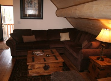 The 'Cariboo' Barn Loft Suite - pullout sofa