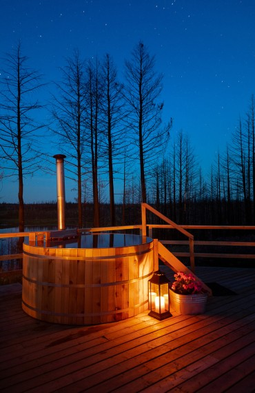 Your very own wood-fired Cedar-soaker hot tub for private glamping at Star Camp